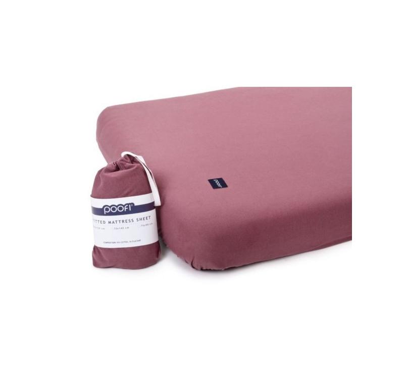 Prześcieradło do łóżeczka Organic & Color - bordowy - 60x120 cm - Poofi