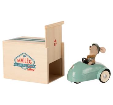 Myszka w Niebieskim Samochodziku - Mouse Car With Garage Blue - Little Brother - Maileg