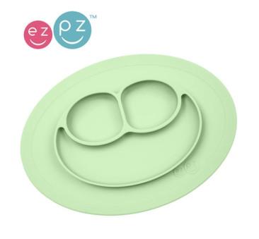 Silikonowy talerzyk z podkładką mały 2w1 Mini Mat pastelowa zieleń - EZPZ