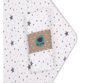 Prześcieradło z gumką do łóżeczka Pink No More - 70 x 140 cm - wzór gwiazdy