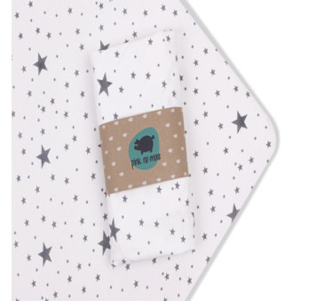 Prześcieradło z gumką do łóżeczka Pink No More - 60 x 120 cm - wzór gwiazdki
