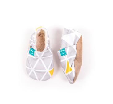 Papcie dziecięce - Titot - Grey Triangles - rozmiar 12-18 miesięcy
